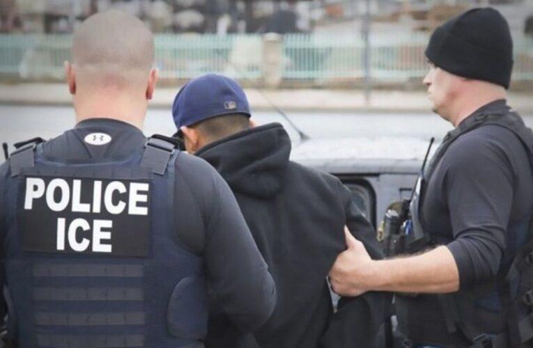 EEUU suspende redadas contra inmigrantes que trabajan ilegalmente