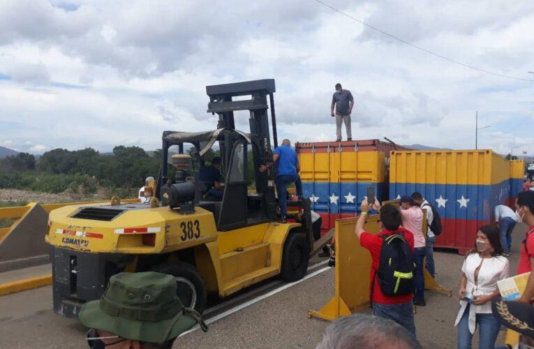 Gobierno anuncia apertura comercial de la frontera con Colombia