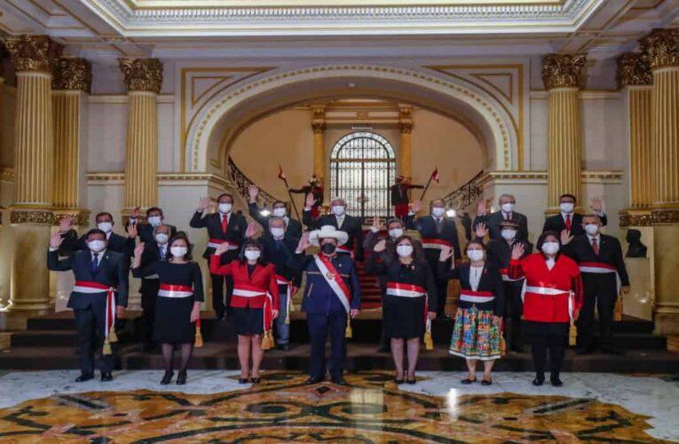 Castillo designa nuevo gabinete tras renuncia masiva