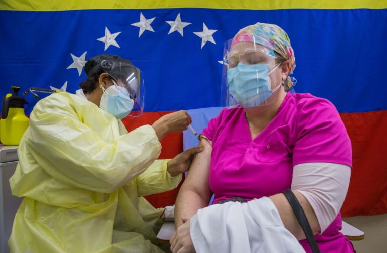 70% de contagios han ocurrido en 2021 pese al acceso a las vacunas
