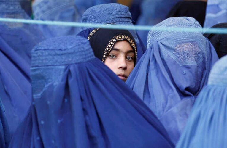 ONU denuncia las «promesas inclumplidas» de los talibanes hacia las mujeres