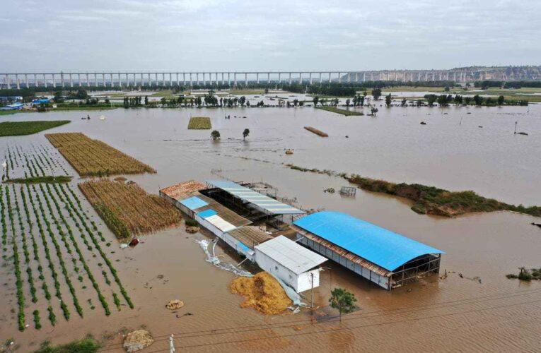 Un millón de afectados y 120 mil evacuados por lluvias en China