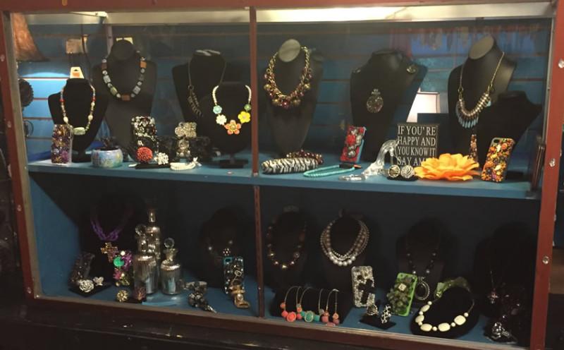 store-jewelry