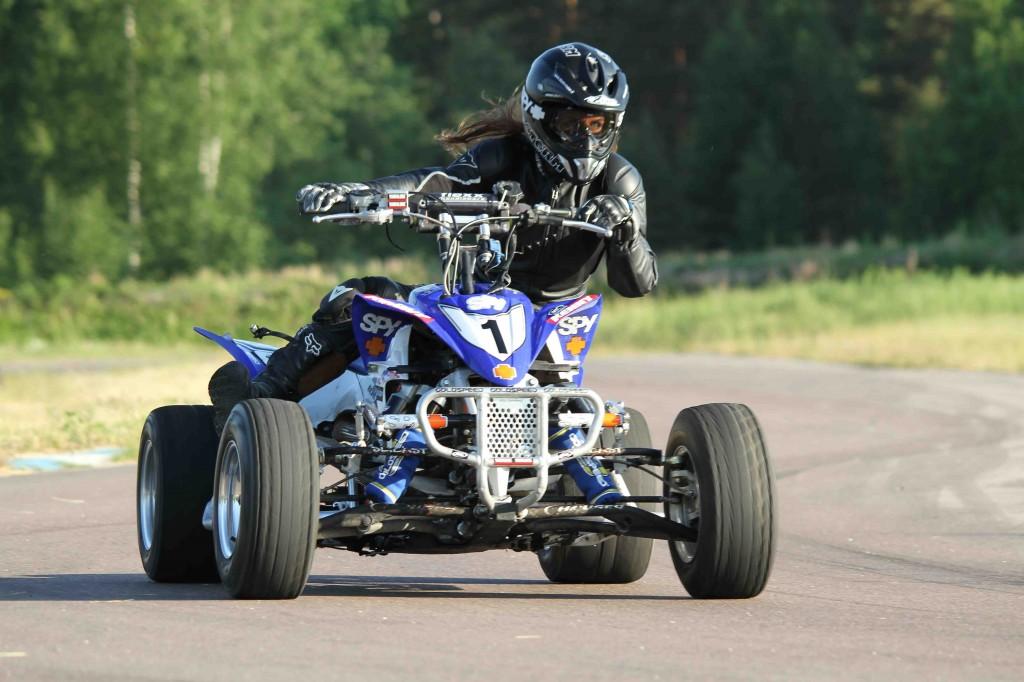 Nita 4 wheels IMG_5352 sm