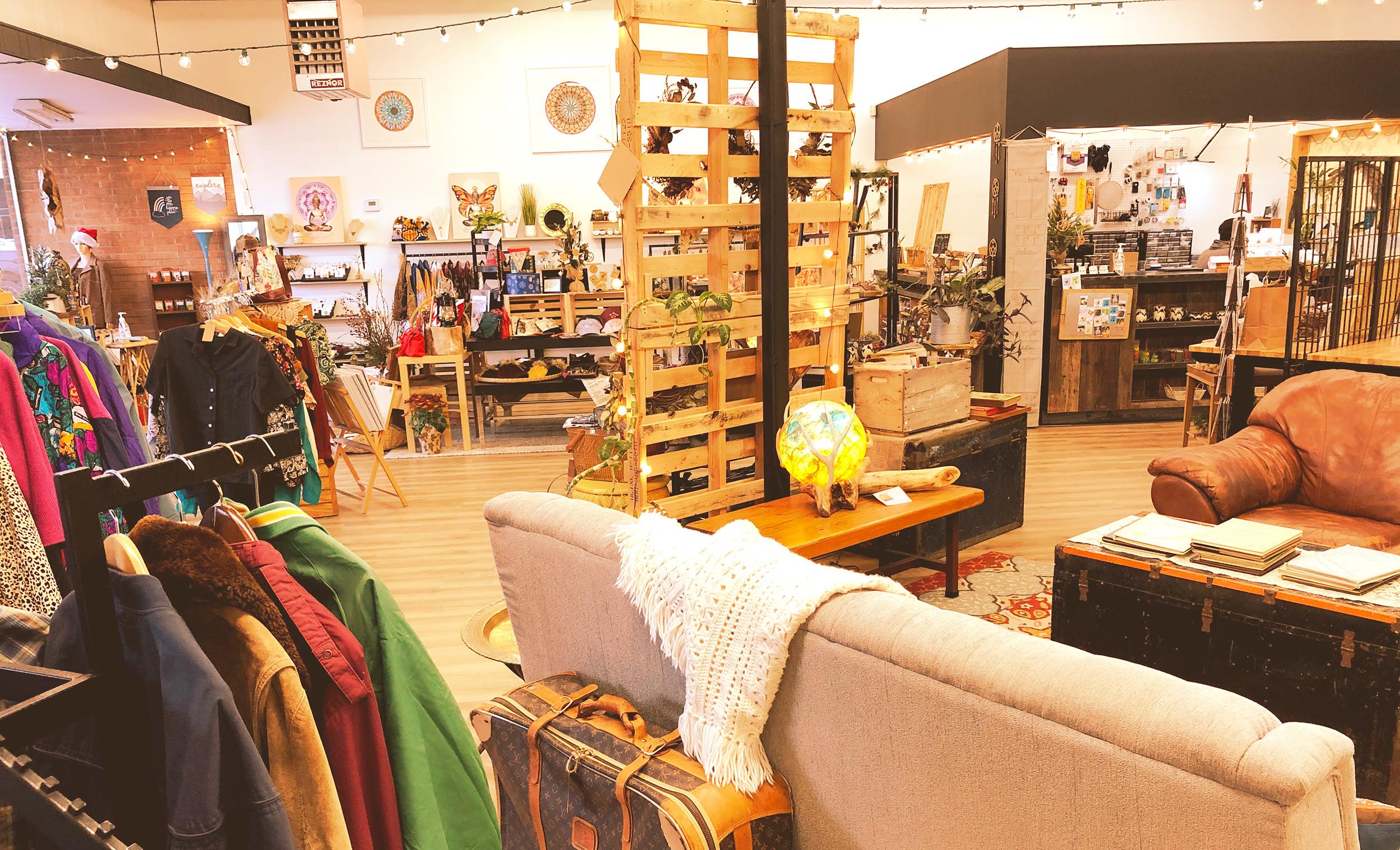 Mosaic Montrose Colorado boutique, contemporary gallery, vintage store, handmade, diy workshops creative studio