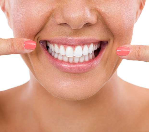 Independence What Is Gum Contouring & Reshaping