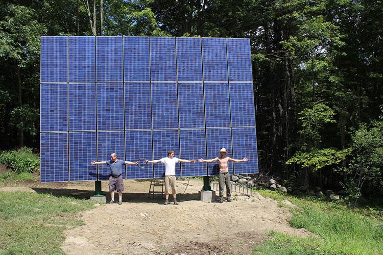 A 24-module pole-mounted solar array.
