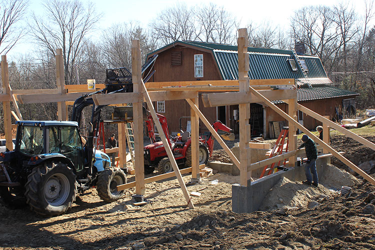 Assembly of the timber frame elements.