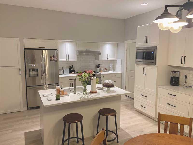 Beaverton Kitchen Remodel Cabinets quartz countertops tile backsplash