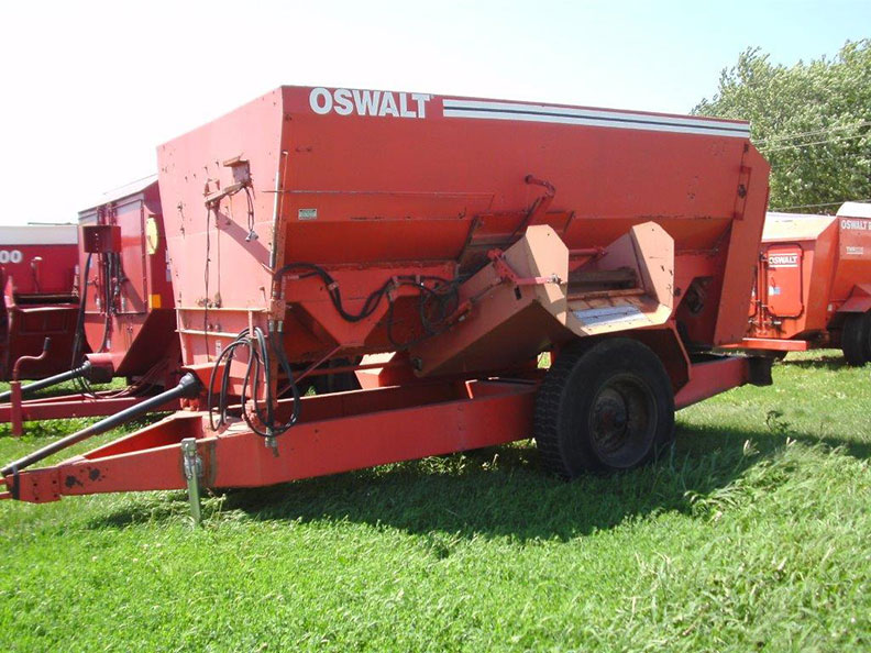 Used oswalt 280 feed wagon - Call for price