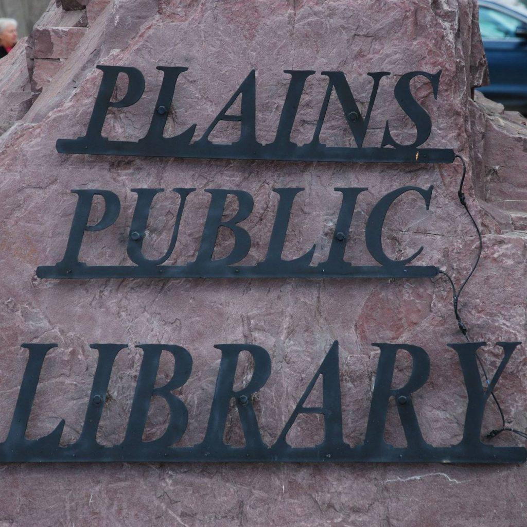 plains public library image