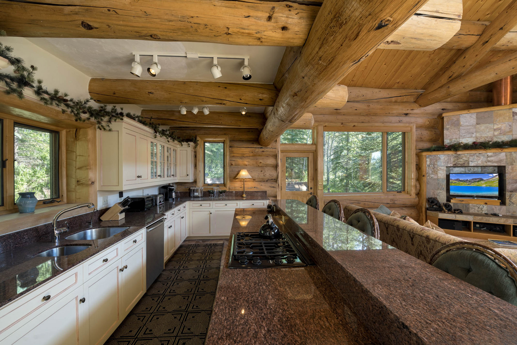 VAIL-MLS-ORDERED-170-1