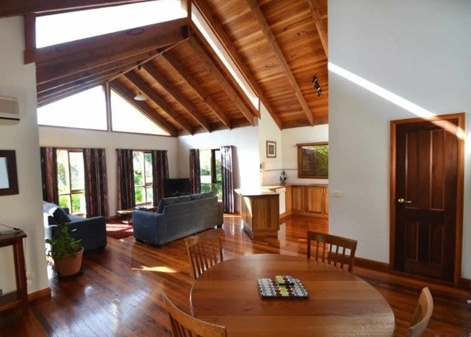 garden spa lounge room