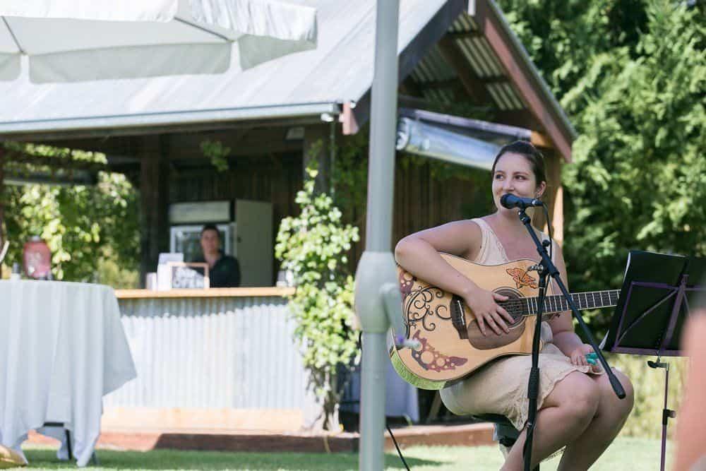 live music at perricoota vines