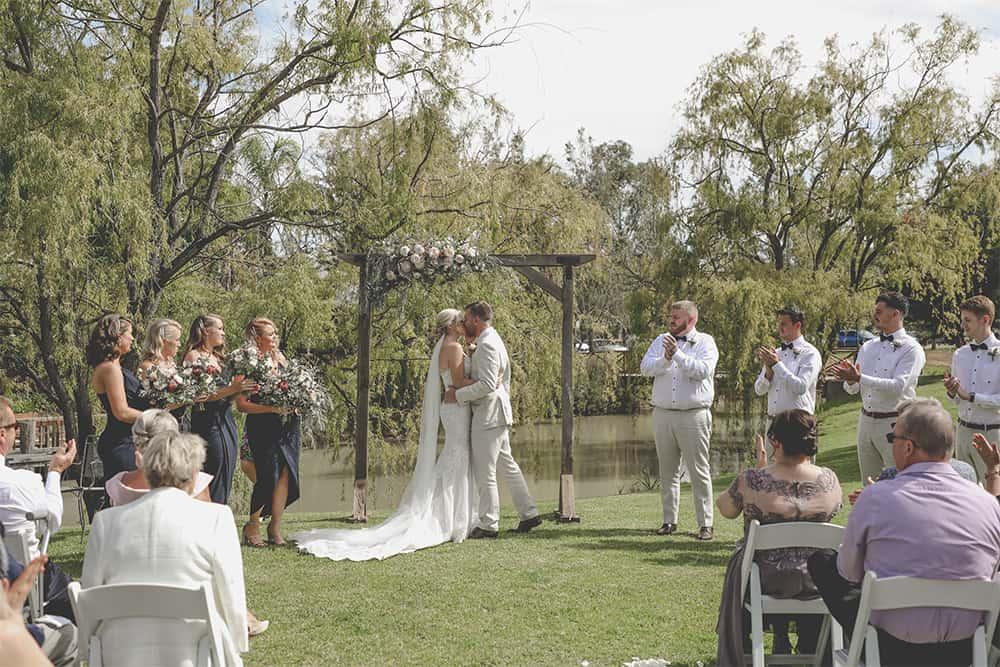 moama wedding ceremony