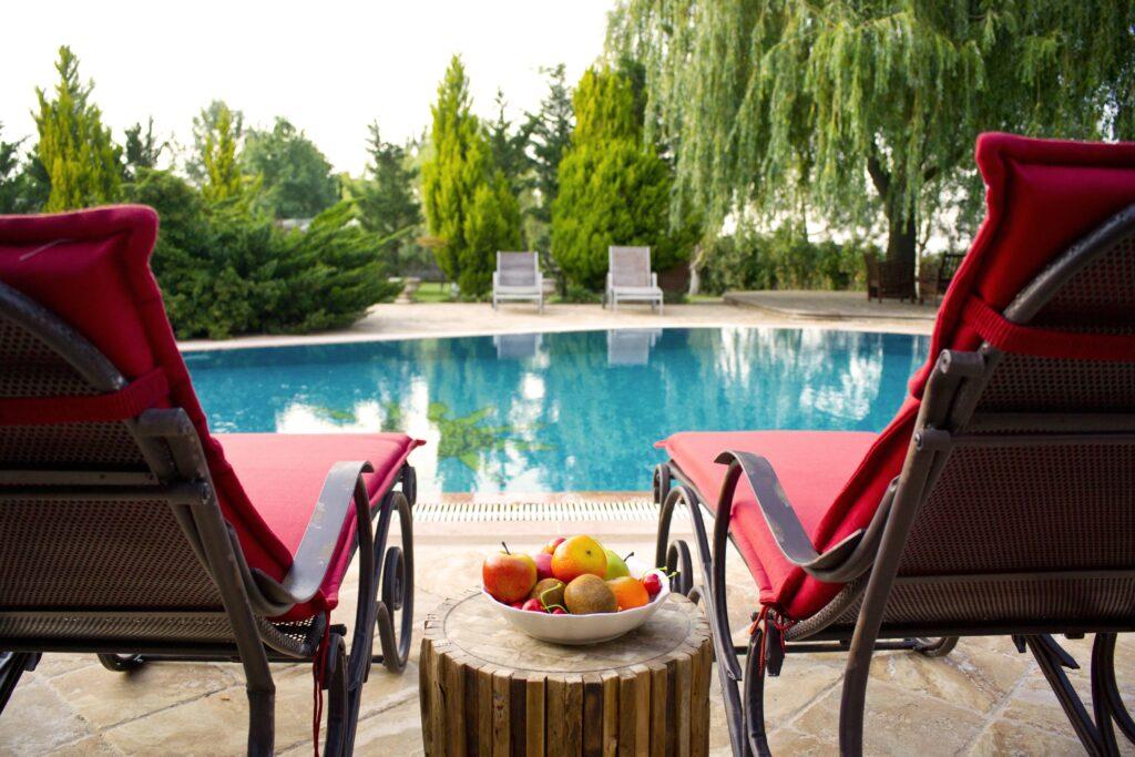 apples-aqua-beach-chairs-459570