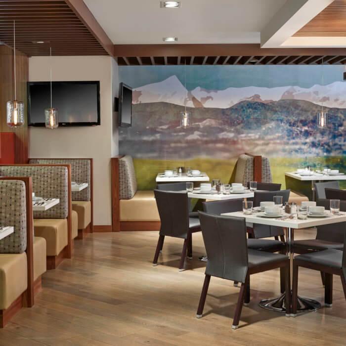 Best Western Sundre Hotel Interior Design Alberta Dining Breakfast