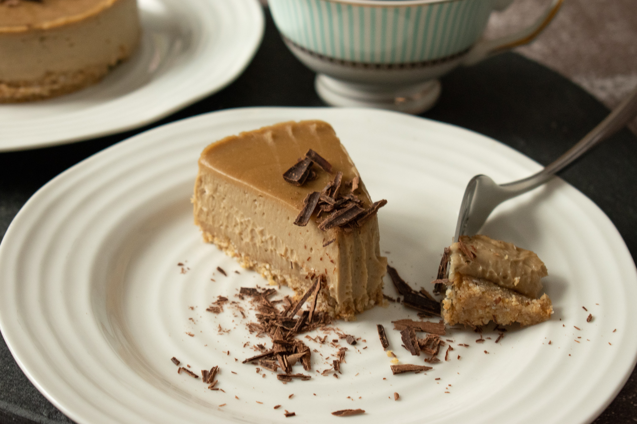 Espresso Vegan No Bake Cheesecake with chocolate
