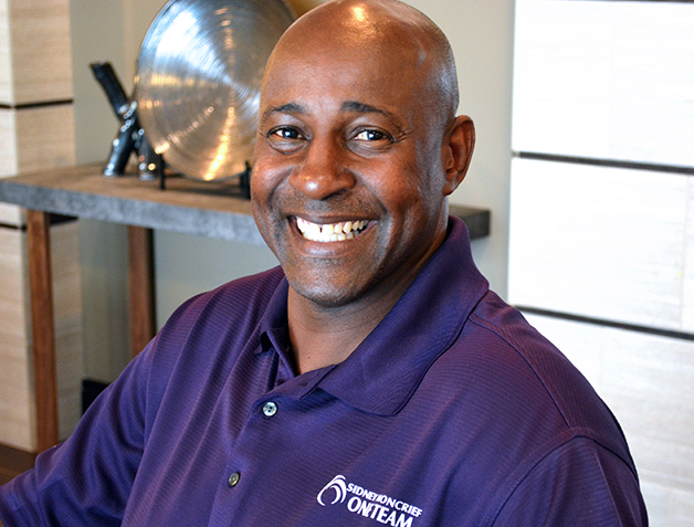 Coach Sidney Moncrief
