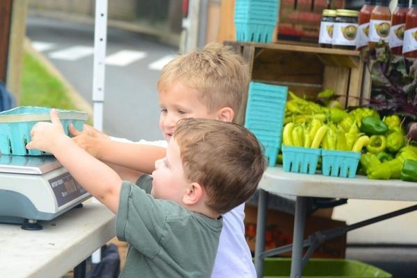 Kids at Farmers Market