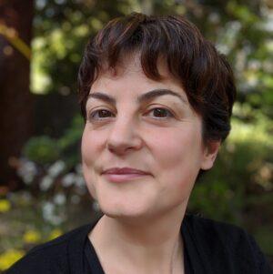 Irenka Domínguez‐Pareto, Headshot