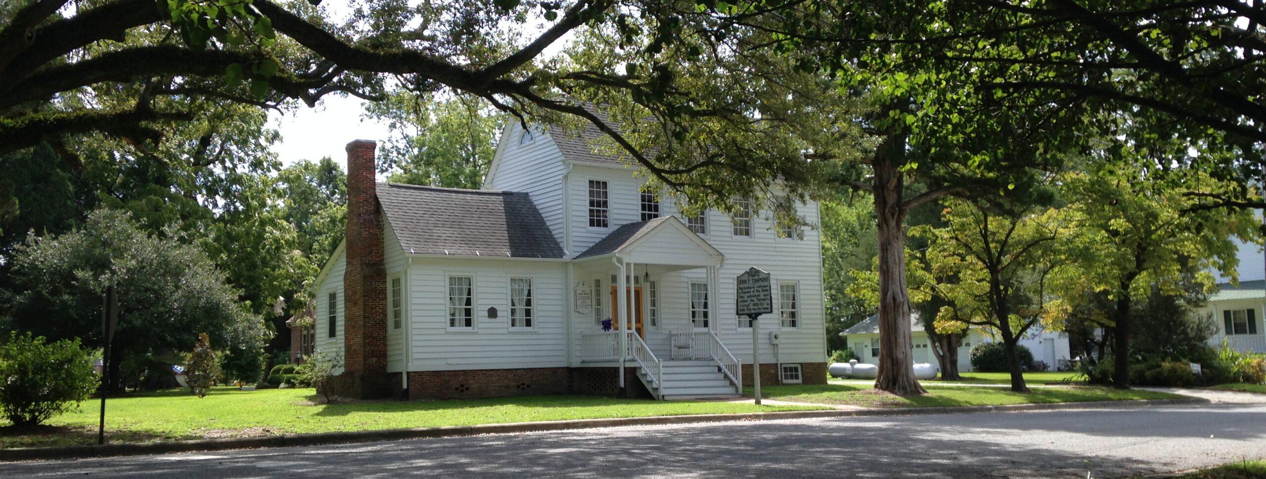 Glebe House Slide 3