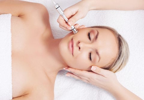 microdermabrasion patient