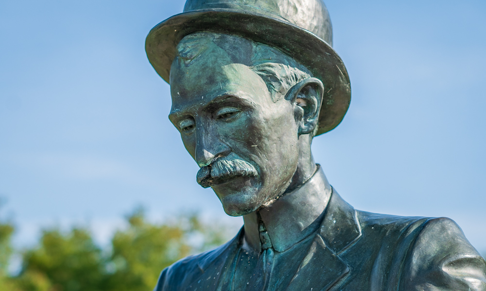 wilbur and orville wright dayton statues