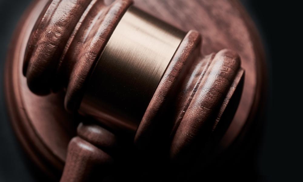 litigation gavel