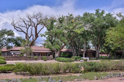 Thunderbird Lodge At Canyon de Chelly National Monument