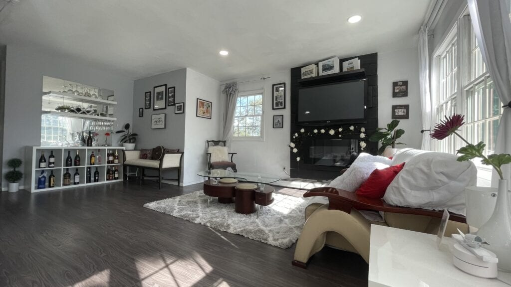 Upstairs-Living-Room-1