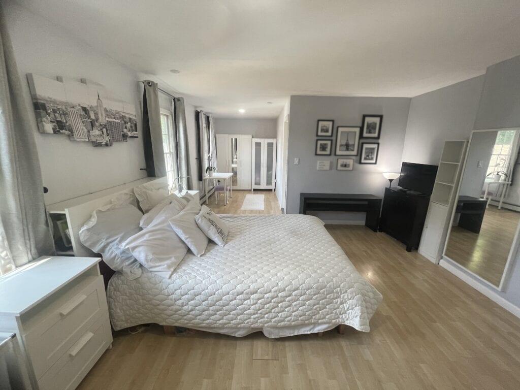 Upstairs-Master-Bedroom-2