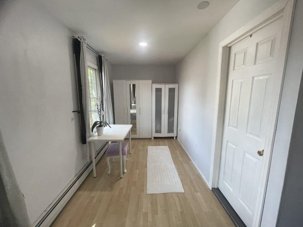 Upstairs-Master-Bedroom-5