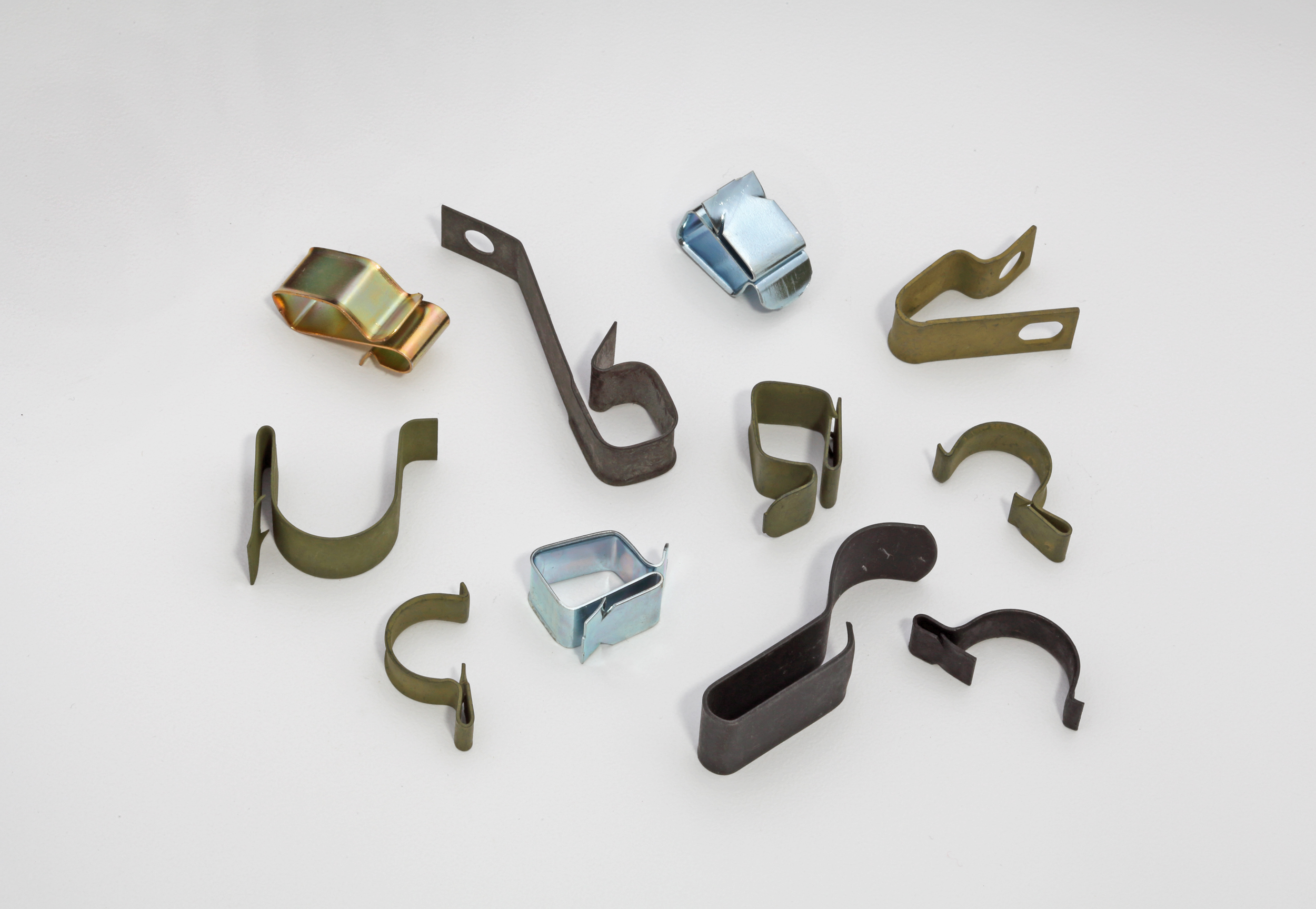 Wire, harness and cable clips