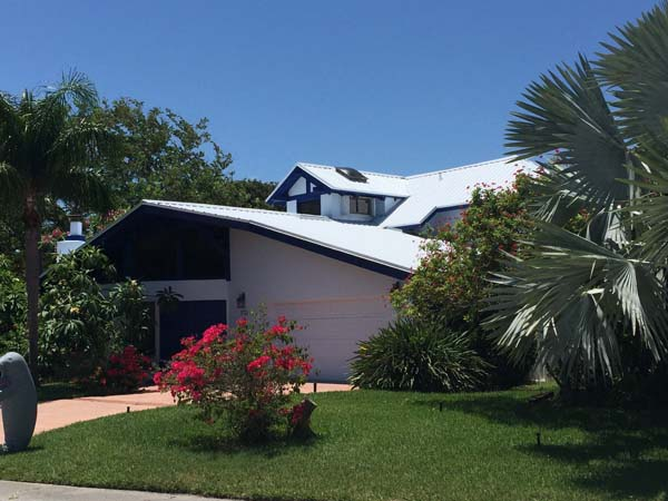 Hippo metal roof