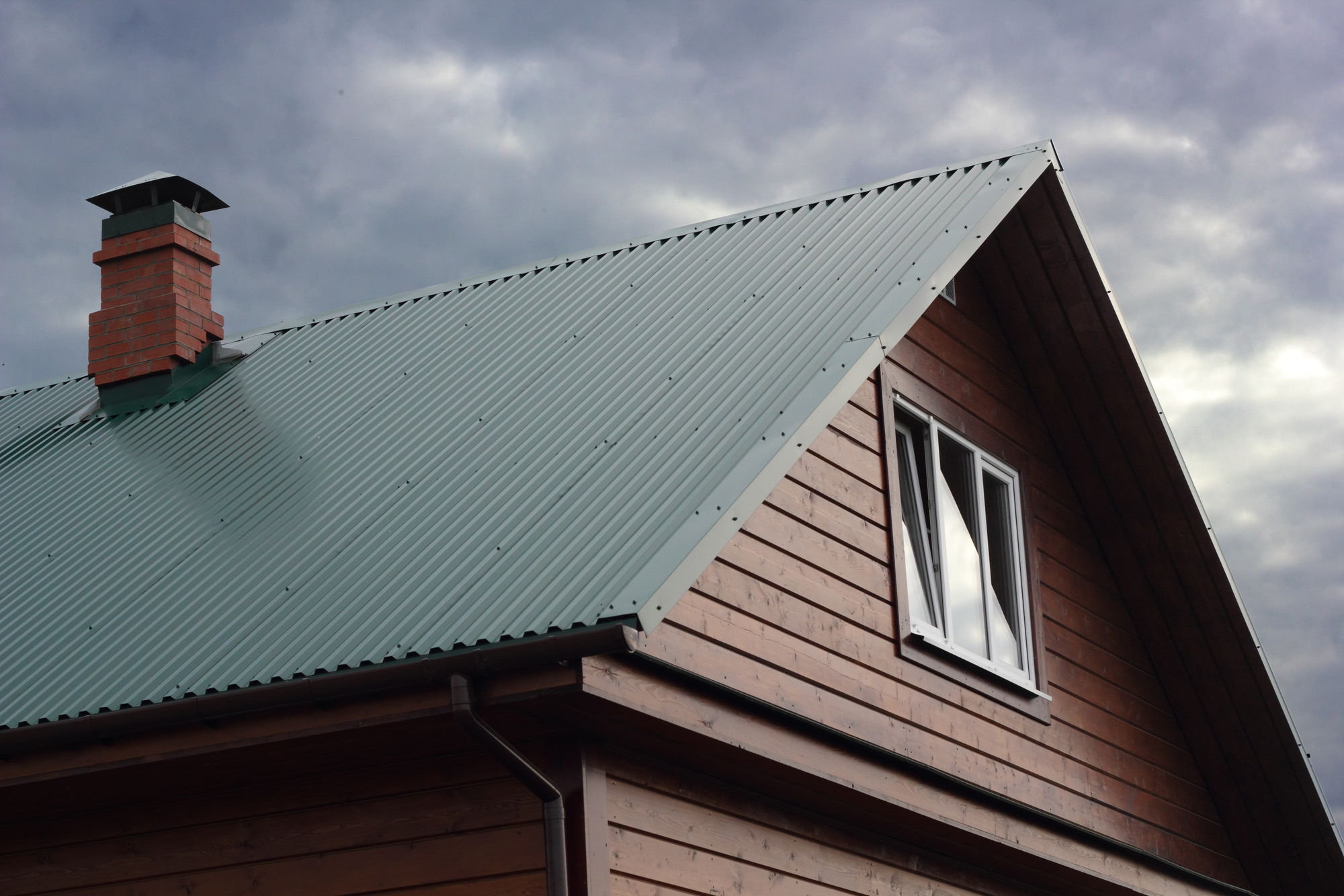 Evergreen roof on home