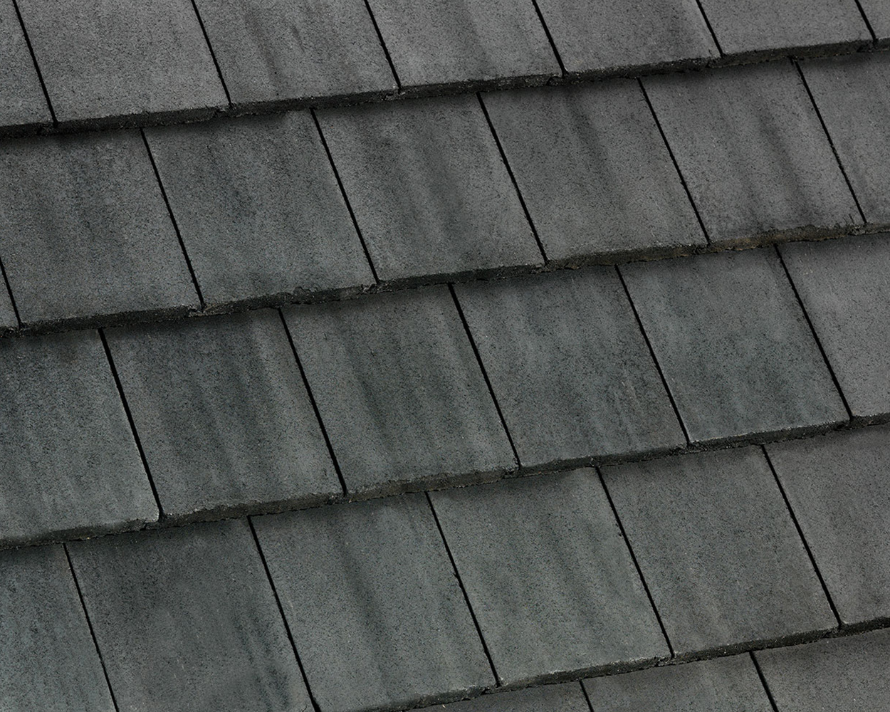 Dark Charcoal tile roof color swatch