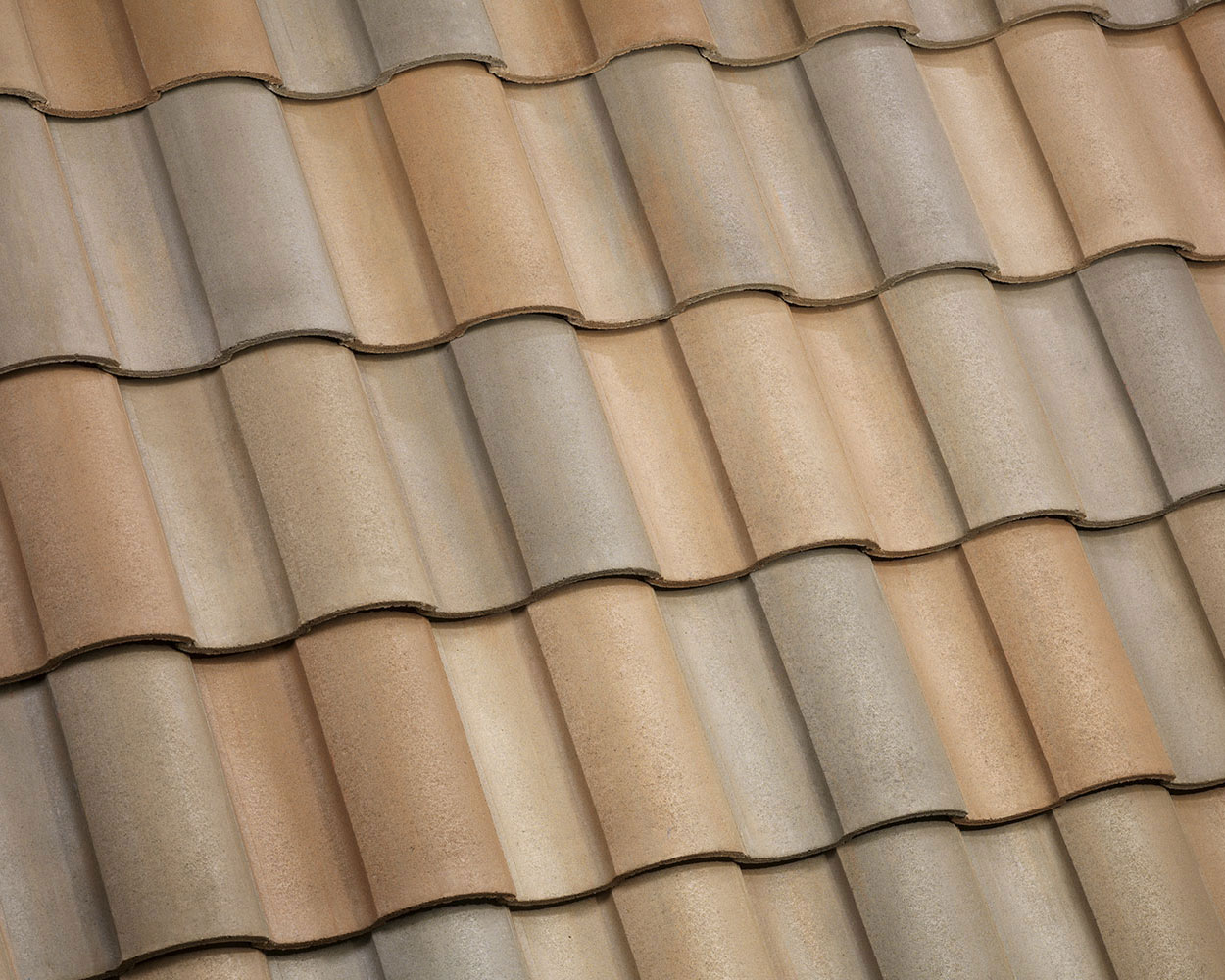 Maple creek blend tile roof color swatch