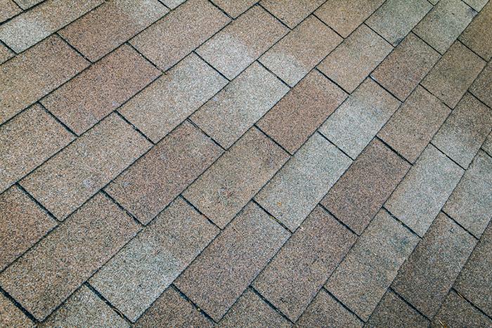 Ashphalt shingles on roof
