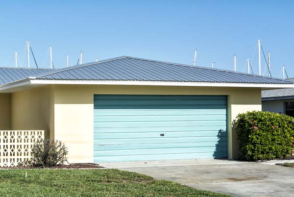 Florida roof with metal