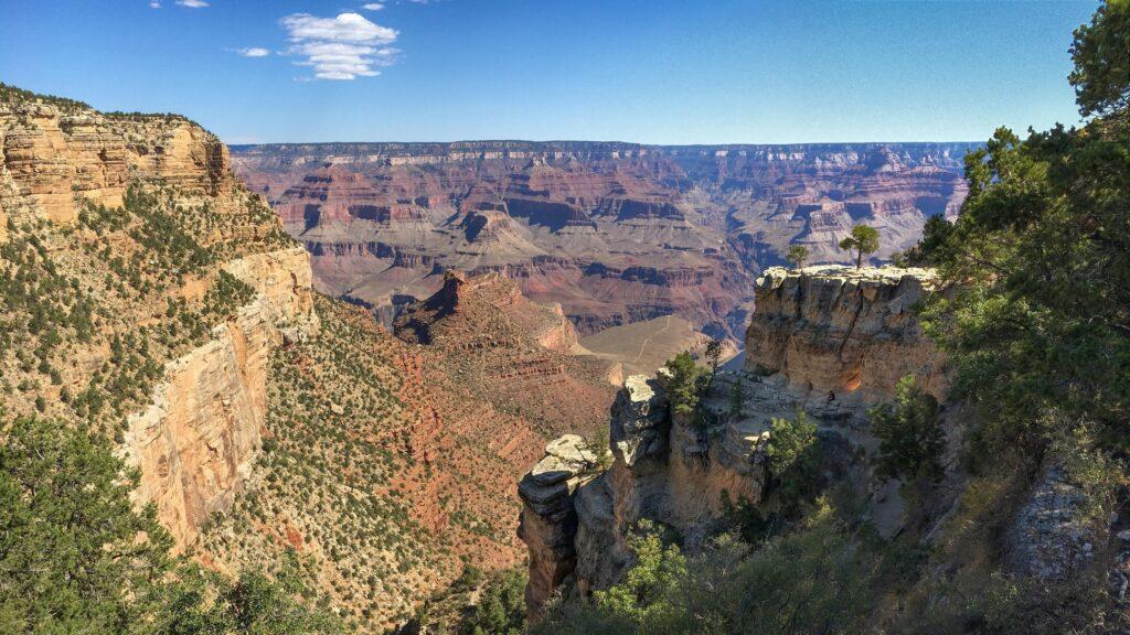 Grand Canyon Bright Angel Trailhead PC NPS Michael Quinn 1