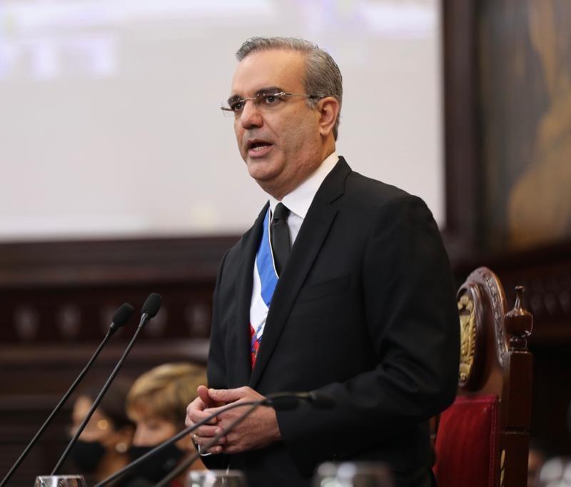Presidente Luis ABinader habla de Refidomsa
