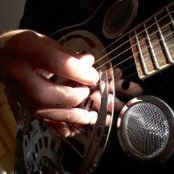 Play Guitar
