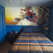 Chambre d'enfant avec murale fait à la main