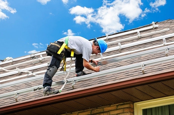 Residential Roofing Safety Tips