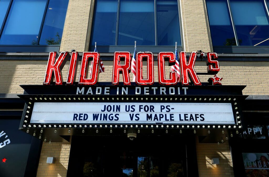 Oprah Stays Winning: Kid Rock's Detroit Restaurant To Close