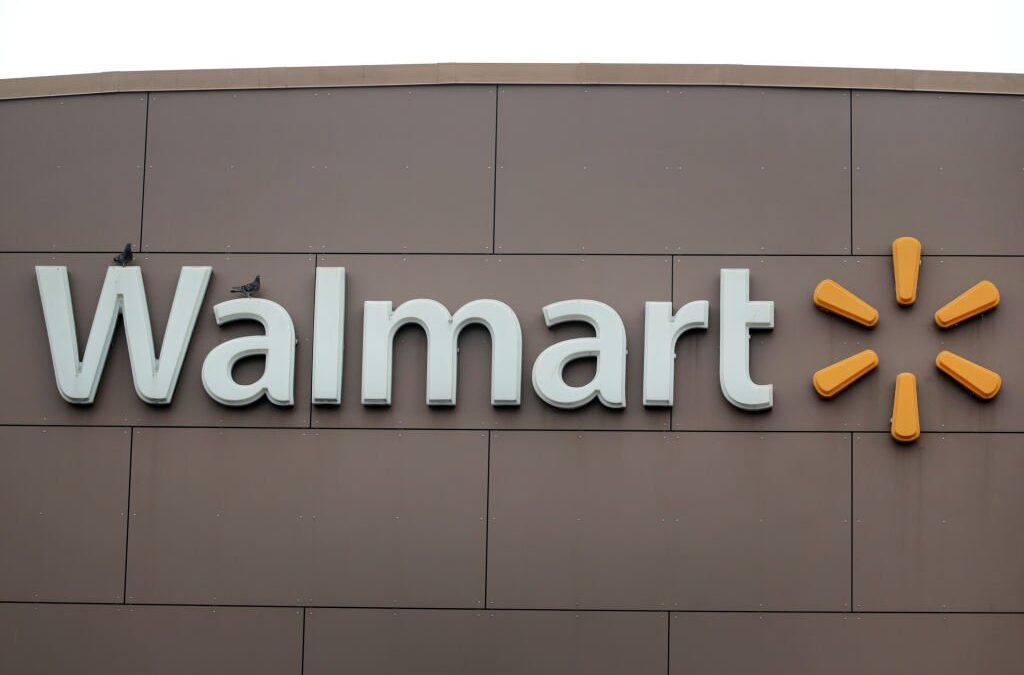 "Walmart Stops Selling ""All Lives Matter"" Merchandise Because Duh"
