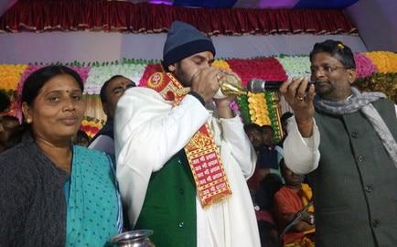 पटोरी के चकराजअली गांव पहुंचे लालू प्रसाद यादव के बड़े बेटे तेजप्रताप यादव समस्तीपुर Town