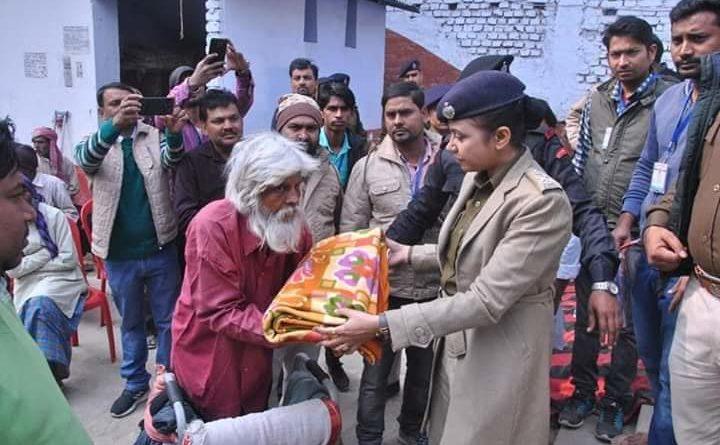 एसपी हरप्रीत कौर ने असहायों के बीच बांटे कंबल समस्तीपुर Town