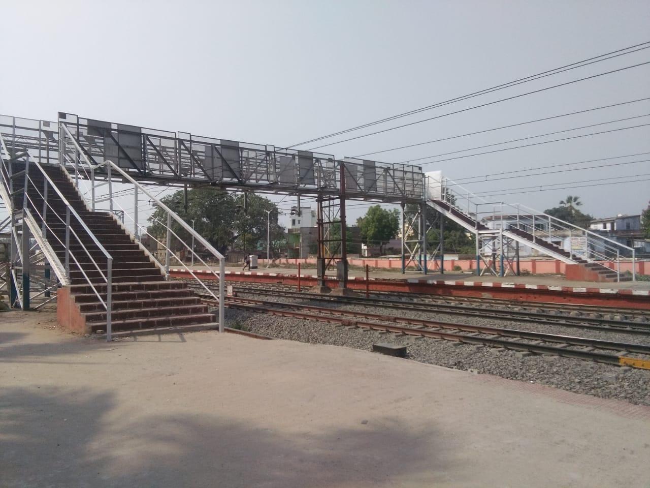 हमारी खबर का असर: जागा दलसिंहसराय रेलवे प्रशासन, यात्रियों के लिये खुला ब्रिज, मेंटेनेंस का काम चालू समस्तीपुर Town